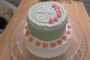 Mini tiered rose cake